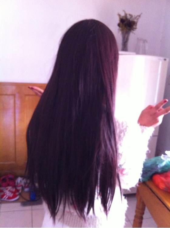 长头发的女孩子的图片展示图片