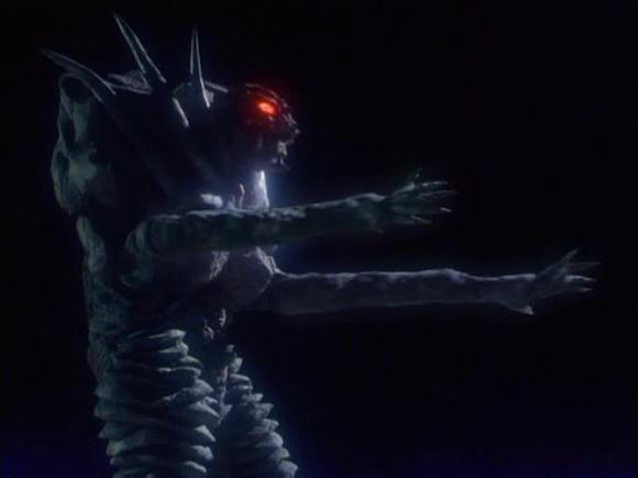 最后结语:反正是我最不喜欢的一个跟艾勃隆有关的怪兽了,好难看.