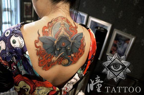象神,是遮盖客人旧纹身作品.图片