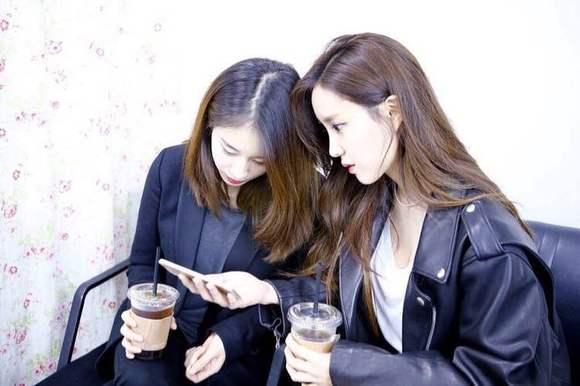 朴智妍和朴孝敏图片