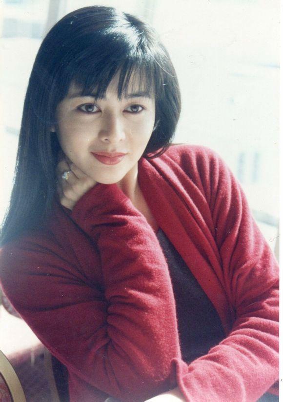 關之琳年輕美照還是很驚艷的圖片