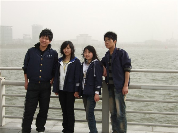 安庆海天专修学院——2010元旦汇演