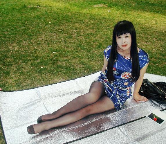 三十至四十熟女丝袜做爱_丝袜老熟女花瓣
