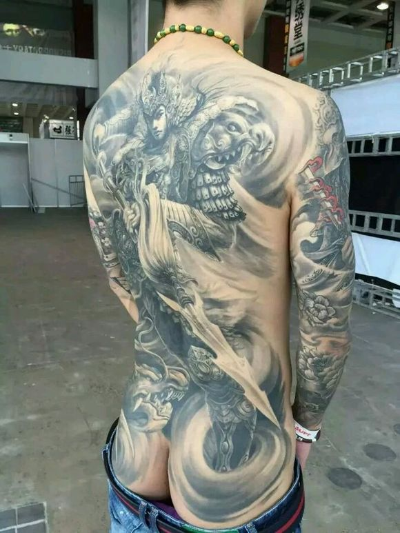 满背赵子龙纹身图案 第2张图片