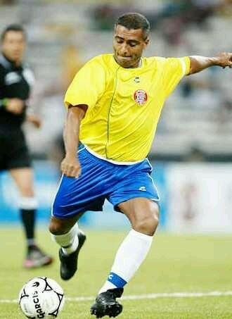 回复:世界上最著名的足球明星排行榜.