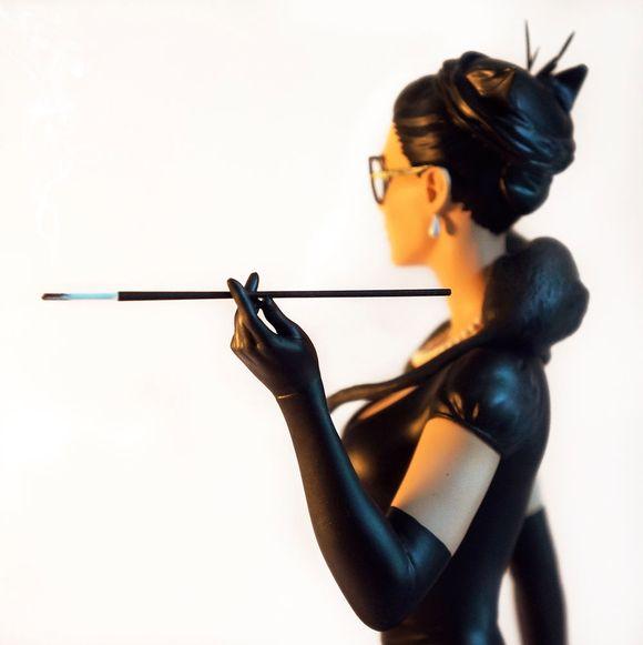 pin-up情趣旋转黑丝大长长长长腿风格!的雕塑复古房东西图片