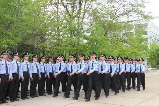 中国刑事警察学院对女生体能要求严格吗?要真实的