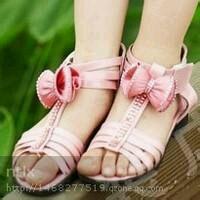 腿粗的女生穿什么靴子