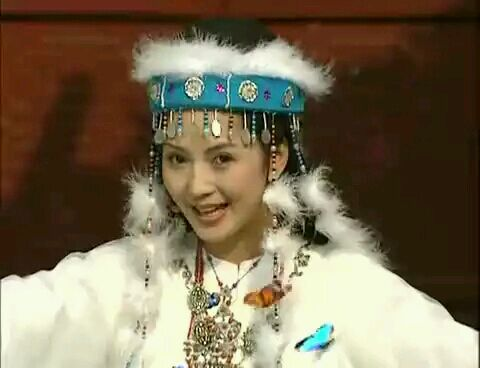 如果刘丹不死的话,凭借着还珠的名气,现在也应该和赵薇林心如一个档次图片
