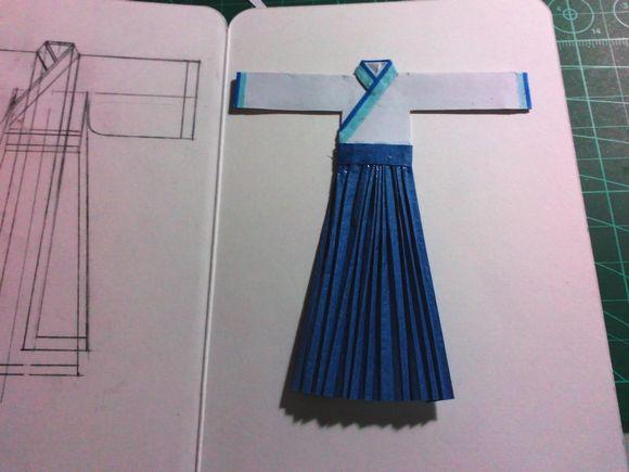 随便发点自己制作纸汉服的过程