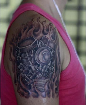 摩托车发动机纹身