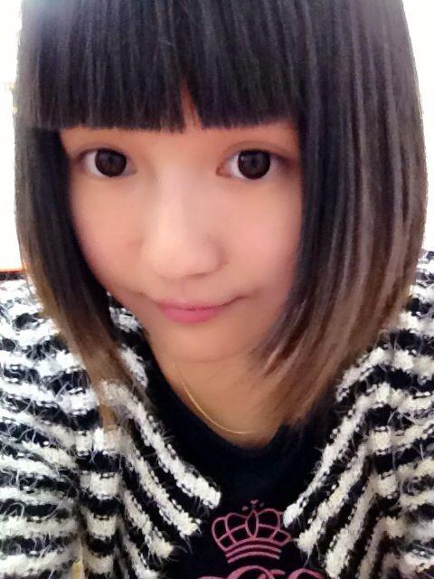 我想换成那种长的刘海,三七分,但是我脸是圆的,而且我现在想留长发图片