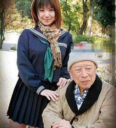 德田重男禁断介护视频_76岁的德田重男爷爷级av男优,14年主演了350部成人片,牛b致敬