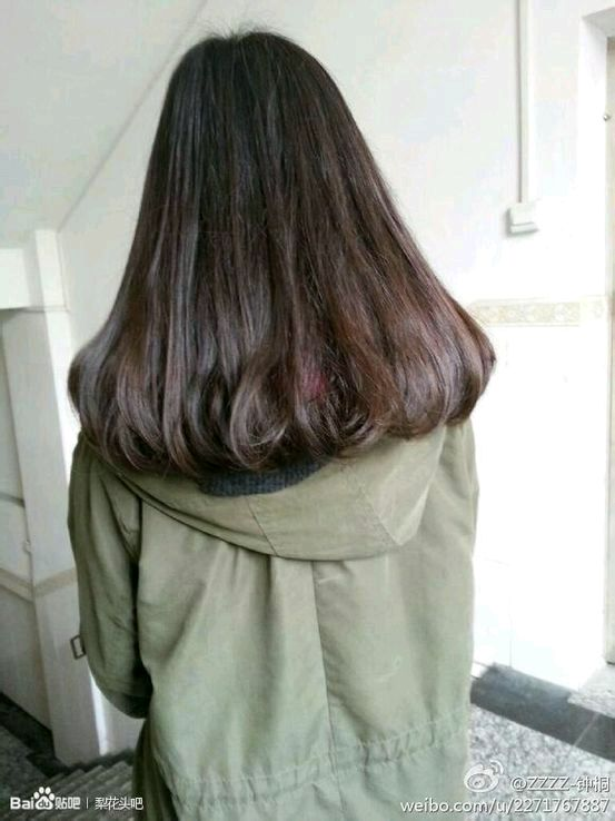 而且自然卷,头发洗完蓬蓬的,第二天起来就还差不多,适合烫什么样的图片