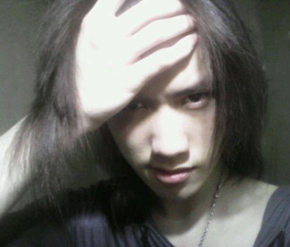 喜欢长头发的男生很讨厌吧图片