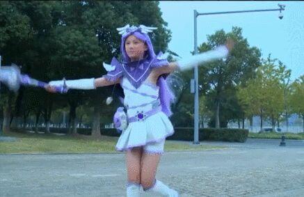 回复:《舞法天女》主演林丹妮-法苏lighting!图片