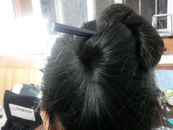 【盘发】发簪盘发教程(适合稍短的头发)转帖图片