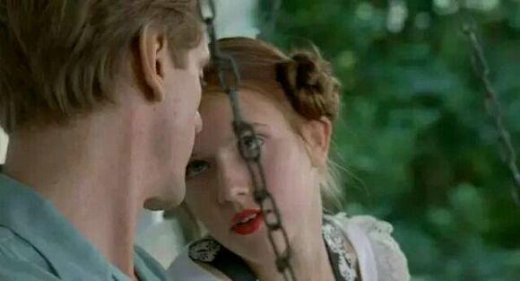 继女与理由的禁断大叔,爱情与萝莉的电影用英语介绍一部电影说明继父图片