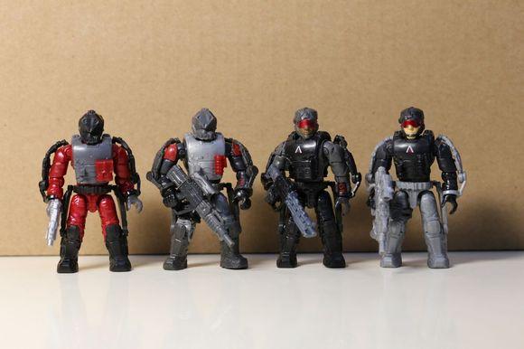 四个人不仅有新的外骨骼,实际上从头雕到手臂到背心到腿到手雷武器装图片