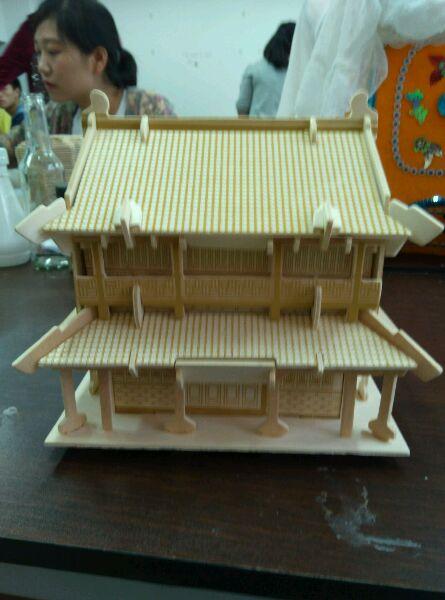 有没有同学有立体构成的房屋模型?图片