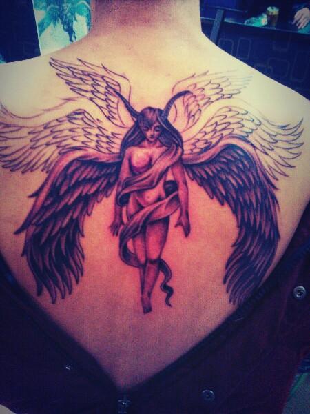 六翼天使路西法线条完成_纹身图案图片