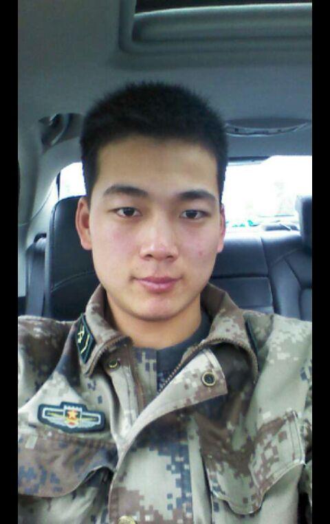 当兵的头像男头发图片展示图片