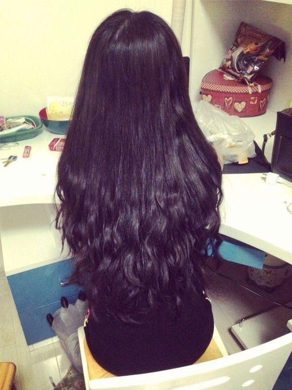 长头发女孩子的图片展示图片