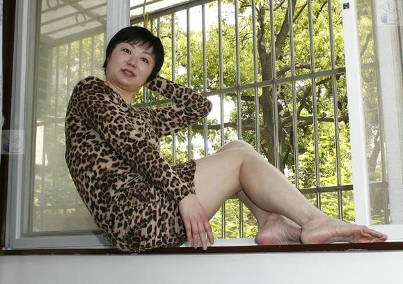 肥胖熟女电影_死射无码再线av电影老熟女系列3 类似有机在线的.