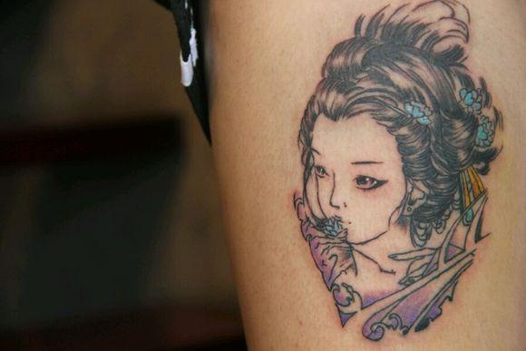明月艺妓纹纹身手稿分享展示图片