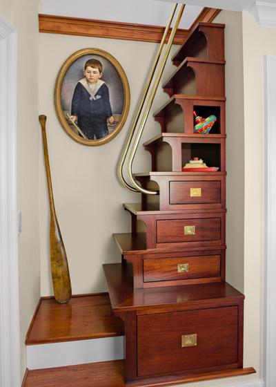 10,楼梯与存储柜子建立和抽屉连接卧室上面的阁楼.图片