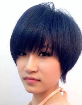 不烫不染酷酷的发型(女)图片