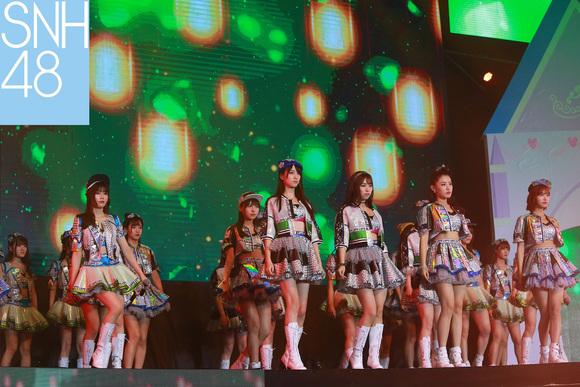 snh48s队图片