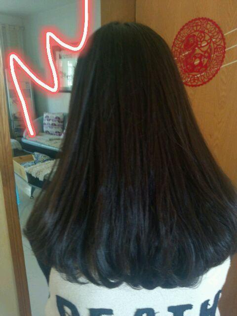 楼楼  想烫这个头发 该怎么和理发师说  还有头发要多长图片