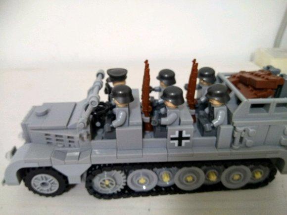 回复:德国sdkfz7半履带牵引车图片