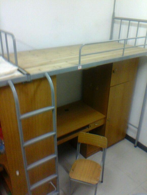 丽水学院的宿舍有没有厕所的