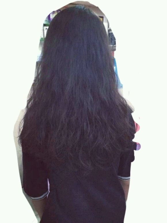 发型师说水波纹是夹出来才好看的,所以就整了这个,电了两次,,头发太软图片