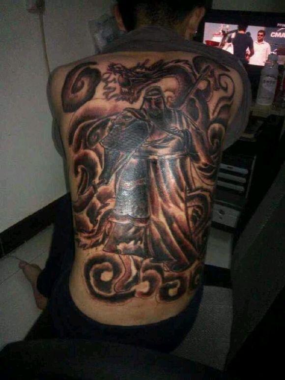 黑社会关公纹身头像图片