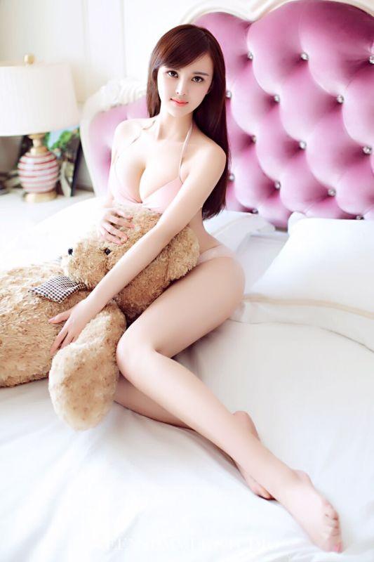 网络红人李紫梦图片