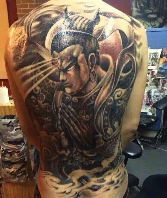 背部纹身 满背二郎神纹身图片