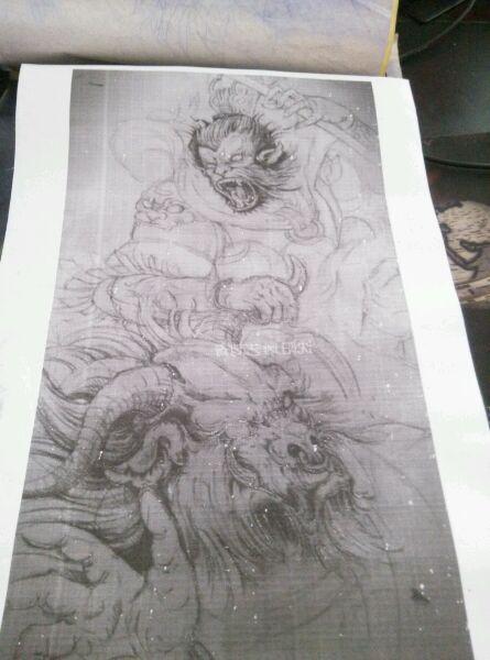 猴子满背线条纹身图案分享展示图片
