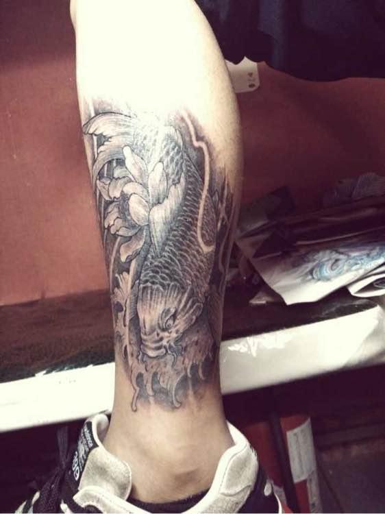 包小腿纹身图片
