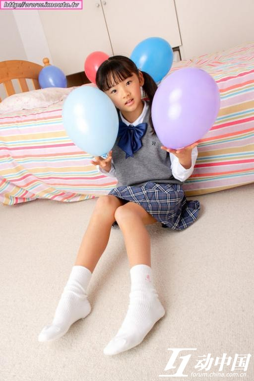 女孩白袜吧_【醒目】超可爱女孩的白袜