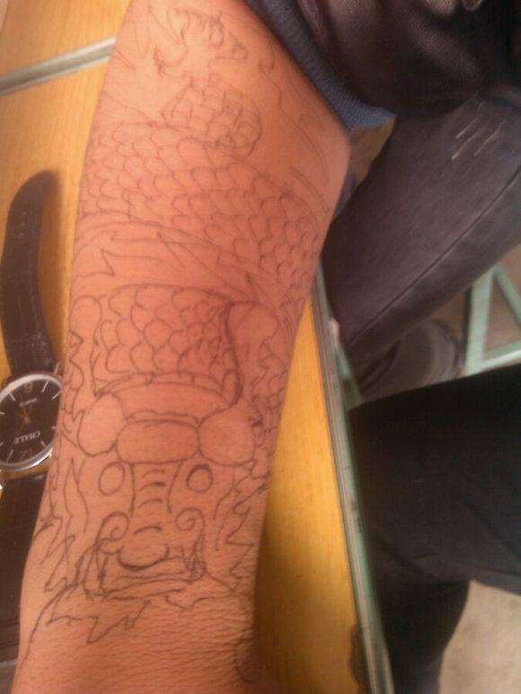 手画纹身,美腻了图片