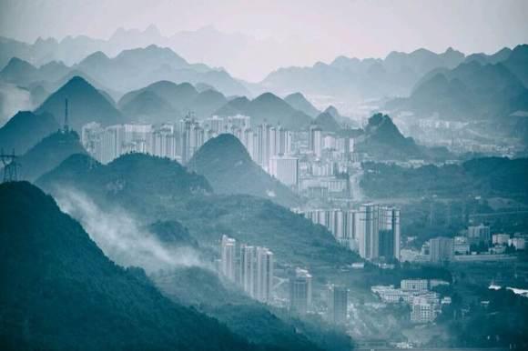 六盘水梅花山云山雾罩真美!让人心旷神怡