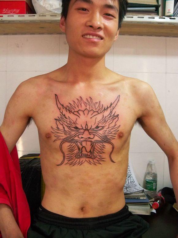 过肩龙图案纹身分享展示图片