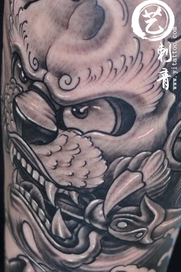 唐狮纹身   美女纹身   小腿纹身   纹身   刺青   艺刺青图片