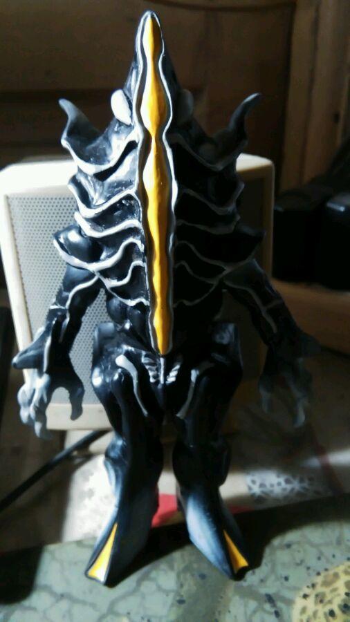 巨大异形兽 撒旦比佐