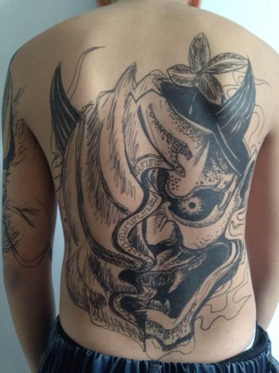 全球最牛最潮的纹身达人图片