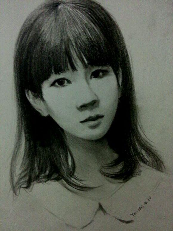 简单铅笔手绘美女