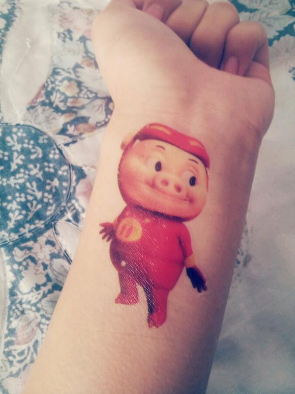 小猪佩奇线条纹身手稿分享展示图片